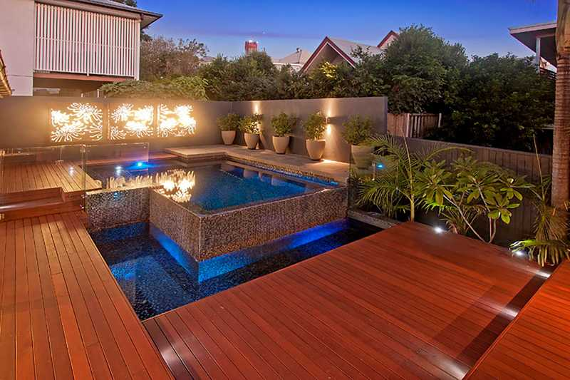 Pool Decking Options Advantages And Tips Se Qld